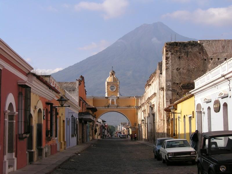 Viaja a Guatemala con Cris and Kim